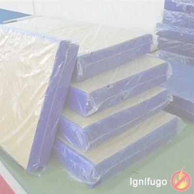Colchón ignífugo de 105 cm para hospitales